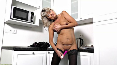 Kitchen, Kitchen sex, Granny solo