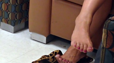 Asian, Asian feet, Asian foot, Toes, Painting toes