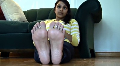 Indians, Feet solo
