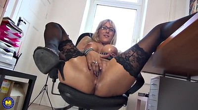 Sexy mom, Moms, Mature mom