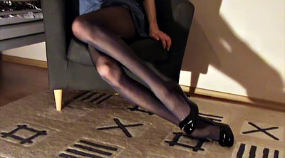 Striptease, Gay pantyhose