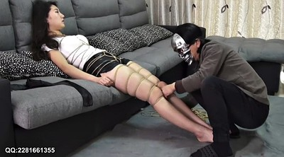 Asian bondage, Hogtied