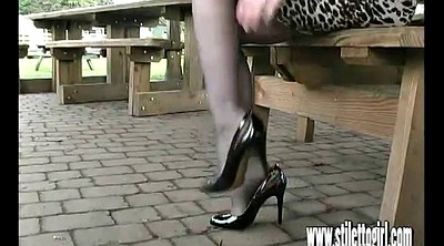 Milf foot, Shoes
