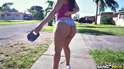 Walk, Street, Big ass latinas