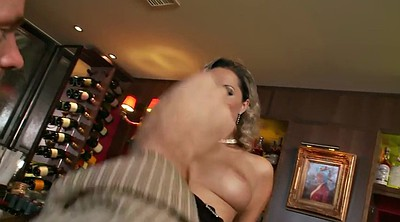 Bar, Milf lingerie