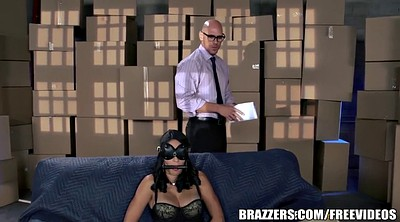 Brazzers, Blindfold