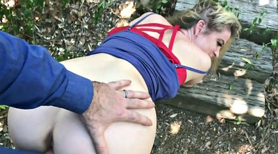 Pay, Milf outdoor