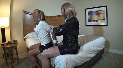 Crossdressing, Crossdresser bondage