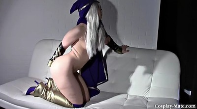 Solo girl, Cosplay masturbation