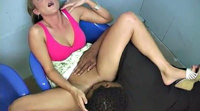 Shaved pussy, Pussy licking