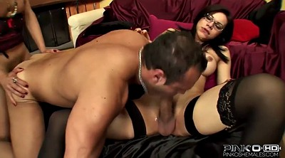 Anal threesome, Shemale threesome