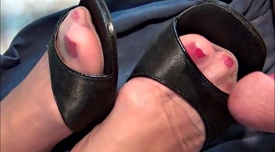 Nylon feet, Shoes, All over