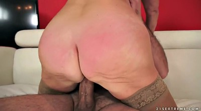 Granny pussy, Huge pussy