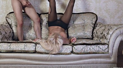 Sofa, Blonde deepthroat