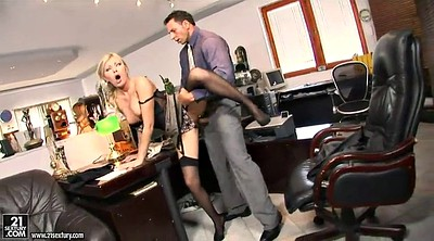 Huge, Office anal