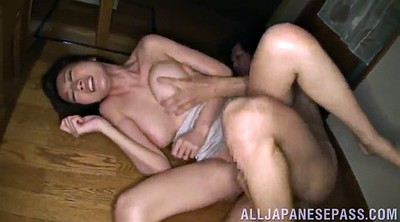 Amateur threesome, Orgasms