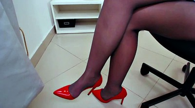 Pantyhose feet, Pantyhose foot