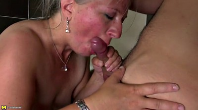 Mature hairy, Mom bathroom, Hairy mom, Granny hairy
