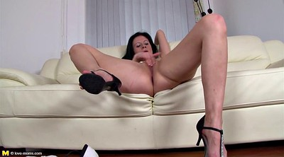 Finger, Real mom, Mature clit, Real milf