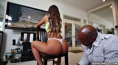 Play video, Hanging, August ames