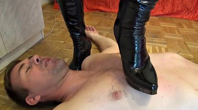 Trample, Trampling, Boot