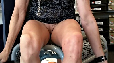 Upskirt, Public flashing
