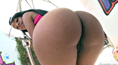 Natural solo, Booty