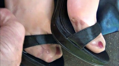 Nylon feet, Satin