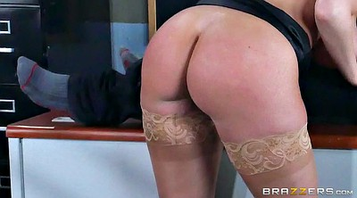 Nylons, Brooklyn chase, Brooklyn