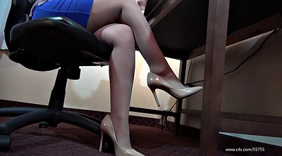 Pantyhose foot, Pantyhose feet