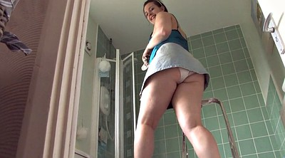 Upskirt, Bathroom, Upskirts, Big booty solo, Cleaning, Bathroom voyeur