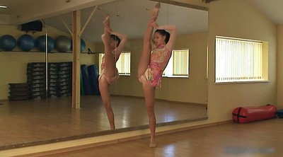 Ballet, Flexible solo, Brunette