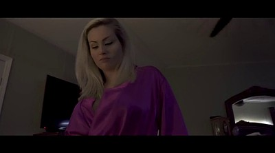 Blonde mom, Mom pov, Milf virgin, Coco