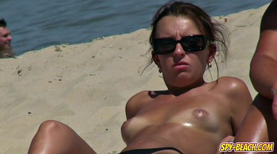 Voyeur beach, Nudist