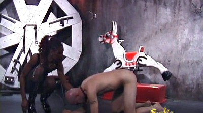 Latex femdom, Dungeon, Foot in