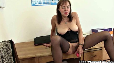 Britain, Nylon mature, British mature