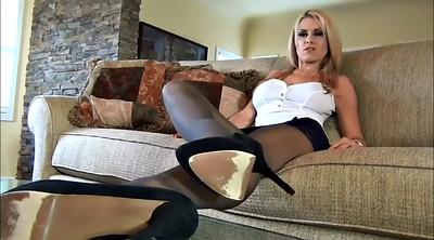 Pantyhose feet, Body