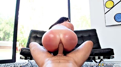 Angela white, Angela, Natural
