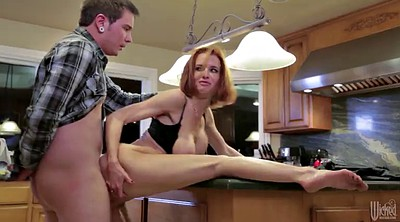 Veronica avluv, Avluv, Roughly, Kitchen sex