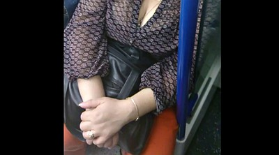 Candid, Cleavage