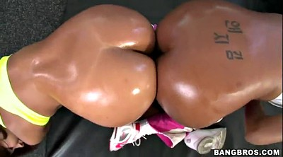 Jessica, Sucking ass, Ass parade
