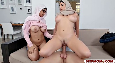 Arab, Big women, Sharing