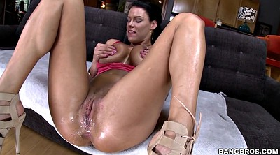 Peta jensen, Out
