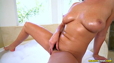 Karlee grey, Teen solo, Solo shower