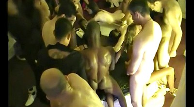 Amateur swingers, Swingers party
