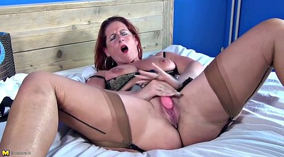 Mom, Mature amateur