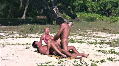 Outdoors, Beach blowjob
