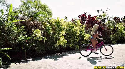 Brandi, Dildo ride, Bicycle