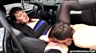 Vicki, Car sex, Mature car