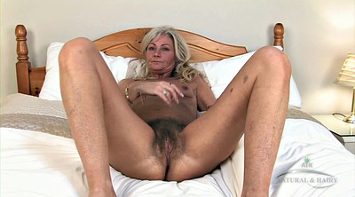 Mature solo fingering, Hairy solo